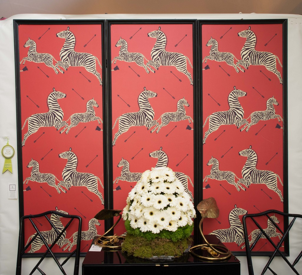 Booth #100, Lee's Antiques: A 1950s three-panel silk screen room divider created by the House of Scalamandré. Dedicated to Gino's NYC.