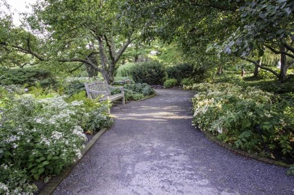 PHOTO: Bulb Garden path.