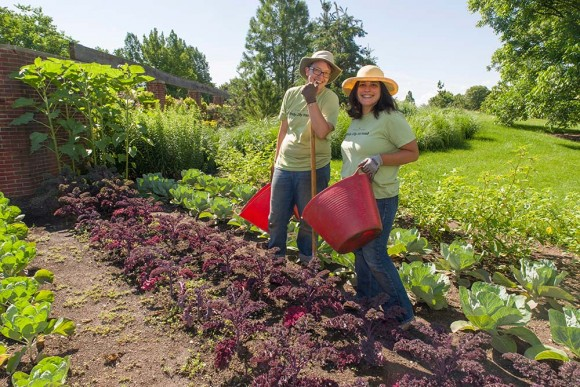 PHOTO: Fruit and Veg interns Leslie and Rachel